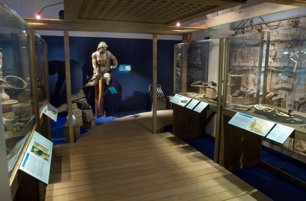 Scénographie de l'exposition La mer pour Mémoire