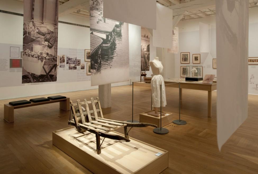 Scénographie de l'exposition Femmes au travail